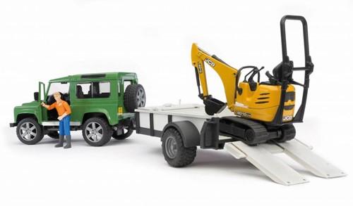 BRUDER Land Rover Defender with trailer, CAT and man Spielzeugfahrzeug